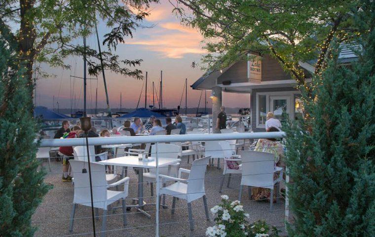 Lakehouse-Restaurant-10